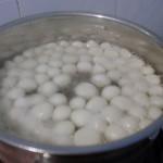 Boiling tangyuan