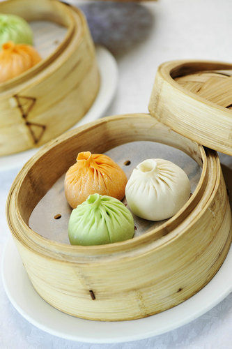 three-coloured soup dumplings